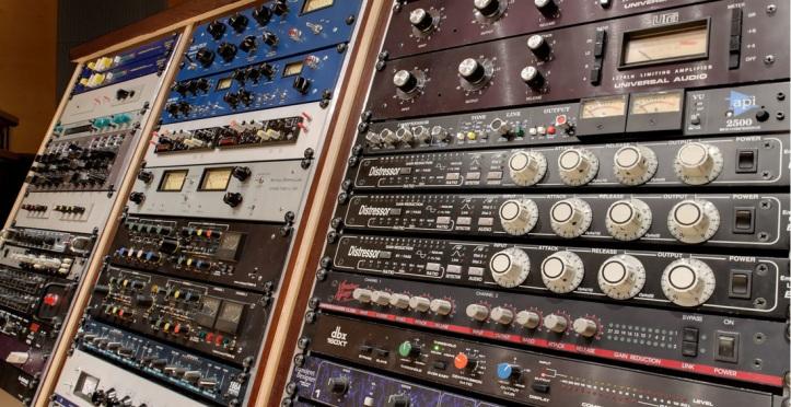 Free Analog Emulation Audio Plug-in Downloads – ARK AUDIO